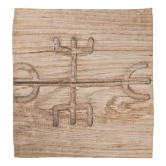 Runa de Viking en la madera agrietada Bandanas