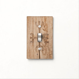 Runa de Viking en la madera agrietada Placa Para Interruptor