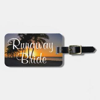 Runaway Bride Funny Getaway Luggage Tag