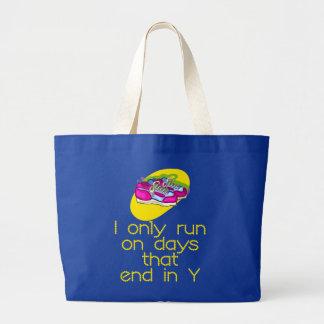 RunnerChick Days Bag