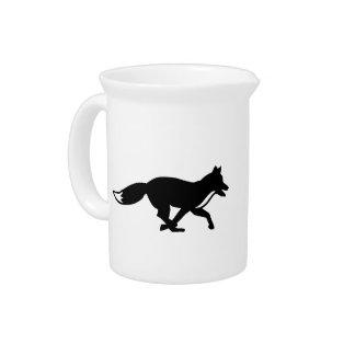 Running fox pitcher