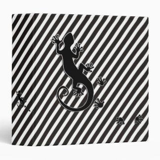 Running Gecko - black & white stripes 3 Ring Binders
