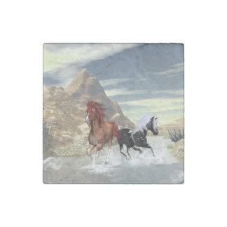 Running horses stone magnet