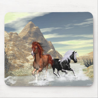 Running horses mouse pads