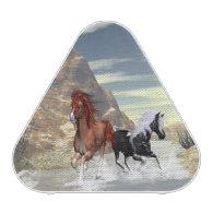 Running horses speaker