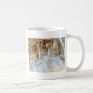 running water coffee mug