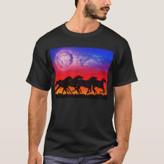 Running with the moon T-Shirt