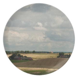 Rural landscape party plate