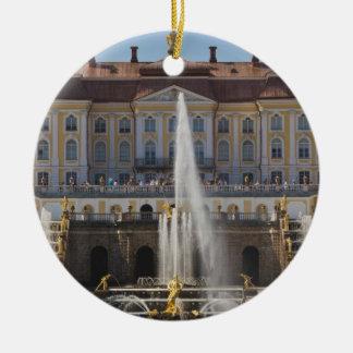 Rusia, St Petersburg, Peterhof, palacio magnífico Adorno Navideño Redondo De Cerámica