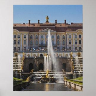 Rusia, St Petersburg, Peterhof, palacio magnífico  Póster