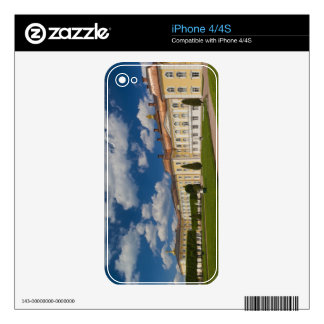 Russia, Saint Petersburg, Peterhof, Grand Palace 2 iPhone 4 Skin