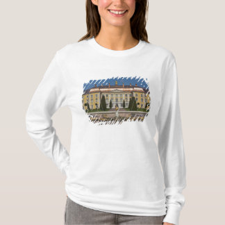 Russia, Saint Petersburg, Peterhof, Grand Palace 3 T-Shirt