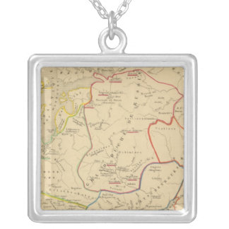 Russie, Suede, Norwege 2 Silver Plated Necklace