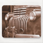 Rusted old Truck Mousepad