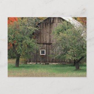 Rustic Barn in Michigan postcard