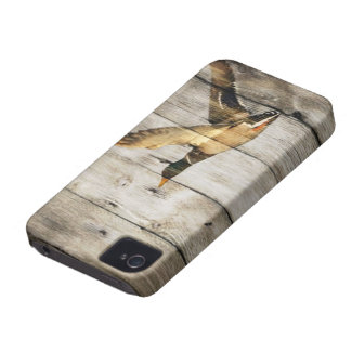 Rustic Barn wood Western Country flying Wild Duck iPhone 4 Case
