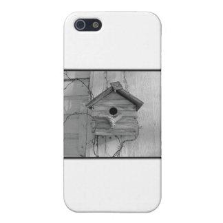 Rustic Birdhouse iPhone SE/5/5s Case