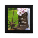 Rustic Daisies Country Wedding Gift Box