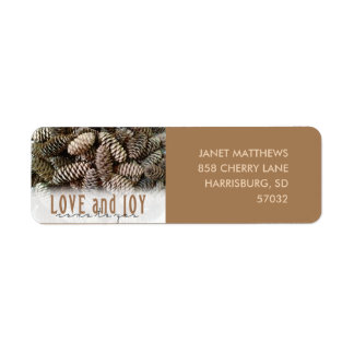 Rustic Holiday Love and Joy Pine Cone Label