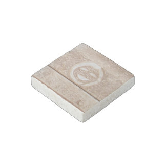 Rustic smile smiley face mud muddy dirt dirty face stone magnet
