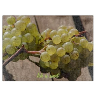 Rustic Style Grapes on Wood with Quote