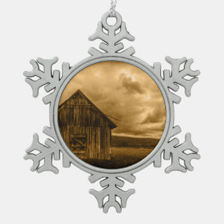 rustic western country farmhouse old barn snowflake pewter christmas ornament