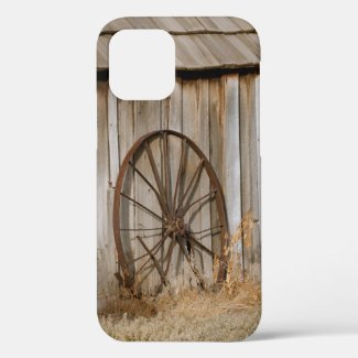 Rustic Western Themed Wagon Wheel and Shed iPhone 12 Pro Case