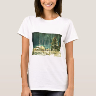 Rustic winter evergreen old barnwood cottage cabin T-Shirt