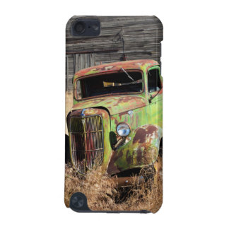 Rusting car in front of abandoned farm iPod touch 5G cover
