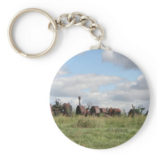 rusty antiques waiting keychain