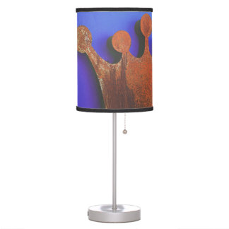 Rusty crown table lamp