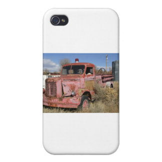 Rusty Fire Truck Cases For iPhone 4