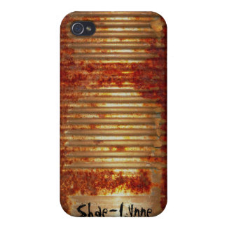 Rusty Tin Can Case For iPhone 4