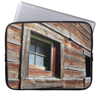 Rusty Wood Barn Laptop Sleeve