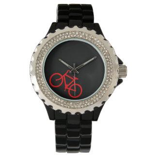 Ruta roja de la bici reloj de mano
