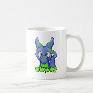 ¿RWAR? (Azul) dragón lindo del bebé que ruge Taza Clásica