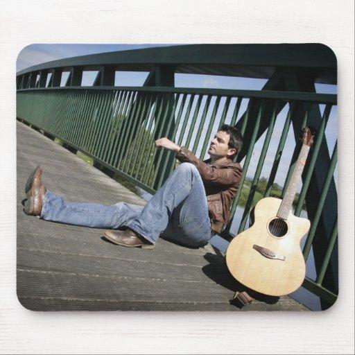 Ryan Kelly Music - Mousepad - Guitar