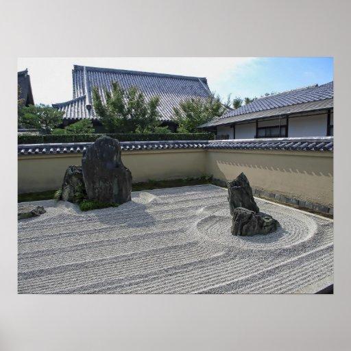 Ryogen-en el jardín rastrillado de la grava - Kyot Posters
