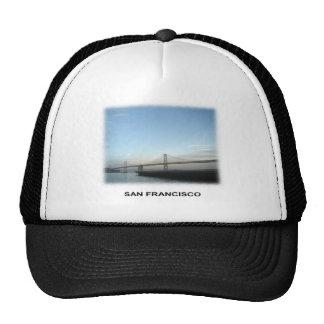 S F Puente de la bahía Gorros Bordados
