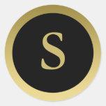S:: Oro elegante del monograma S y pegatina negro