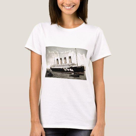S.S. Olympic Star, White Star Line, 1913 T-Shirt