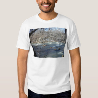 S-turn in the snow shirt