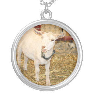 Saanen doeling goat mouth open silver plated necklace