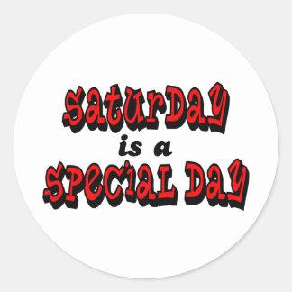 Sábado es un día especial pegatina redonda