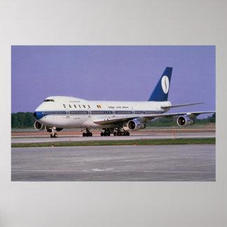 Sabena 747 en la pista, aeropuerto de Mirabel, Mon Póster