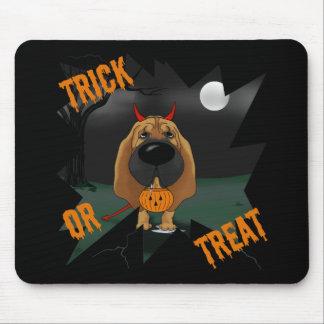 Sabueso Halloween Mousepads