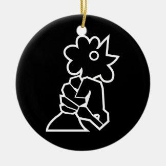 Sacar el cuello de un pollo adorno navideño redondo de cerámica
