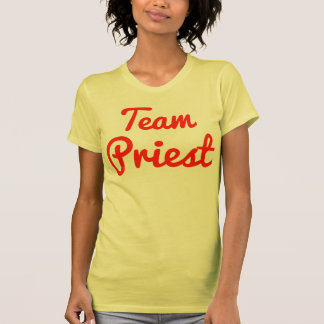 Sacerdote del equipo camisetas