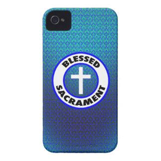 Sacramento bendecido iPhone 4 Case-Mate cárcasas