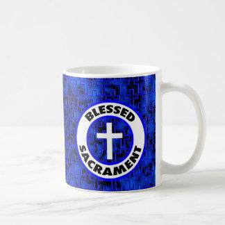Sacramento bendecido taza